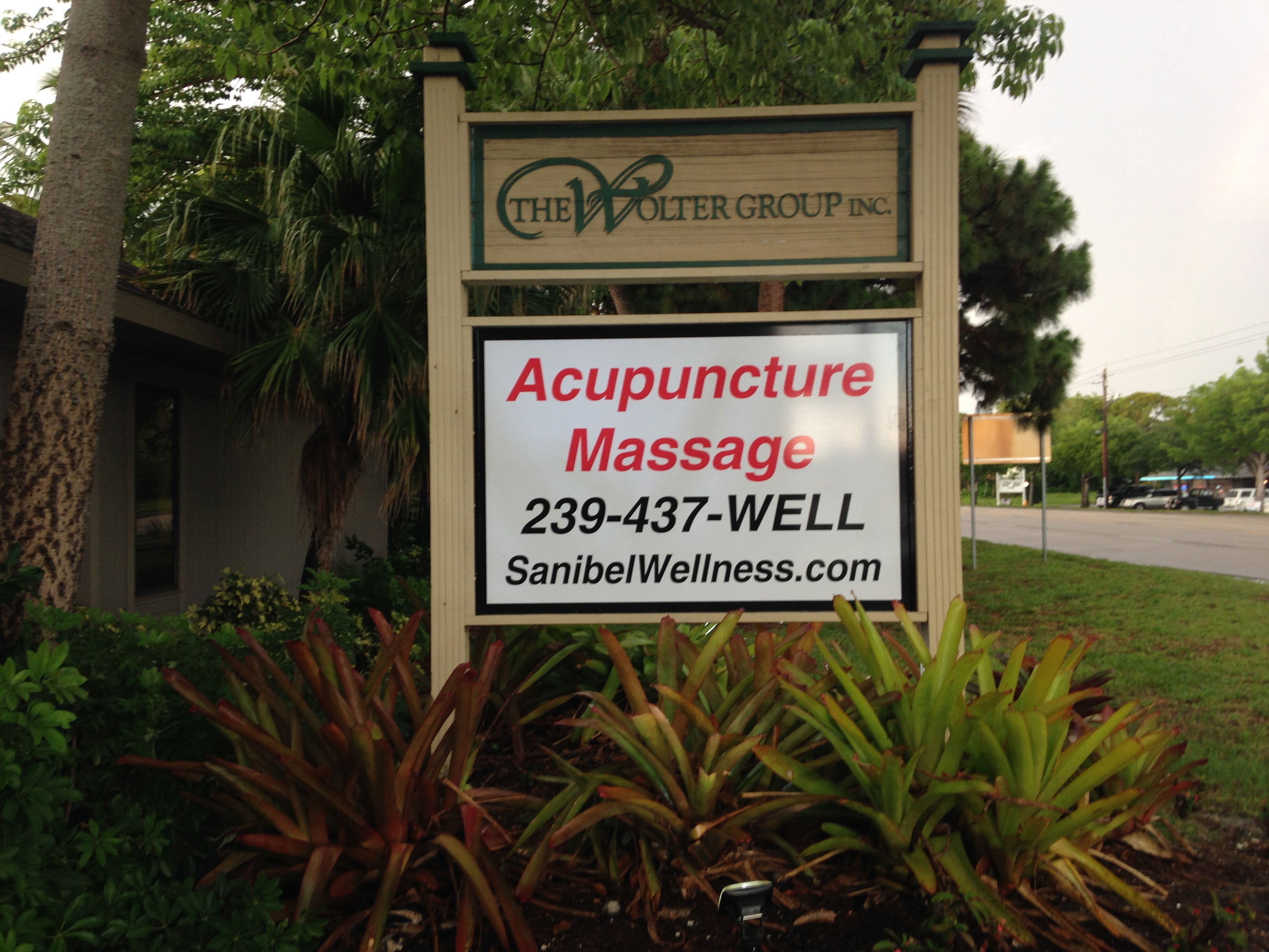 fort myers acupunture sign massage